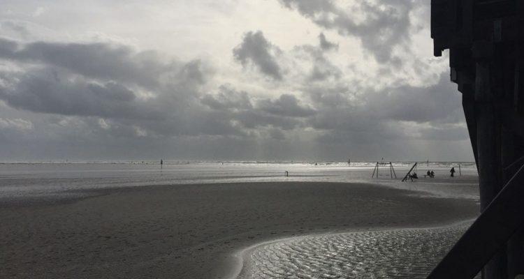 Fifty Shades Of Grey - Herbstferien in St.Peter Ording. Ferienwohnungen und Ferienhäuser jetzt Last Minute buchen